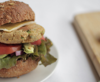 Vegetarian chickpea pattie burgers
