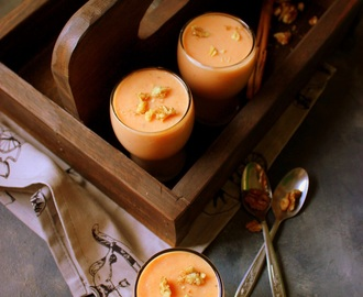Spiced Papaya Banana Oatmeal Smoothie