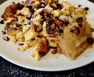 "Messy Pancakes – ""Kaiserschmarn"" – with quick applesauce and caramelized hazelnuts"