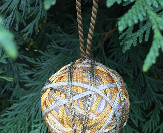 #CRAFTS WITH ANASTASIA--METALLIC #CHRISTMAS BALL ORNAMENT