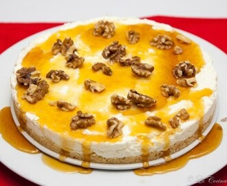 Tarta Mousse de Yogurt Griego, Miel y Nueces