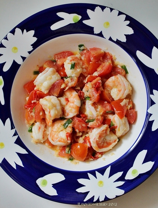 Garlic Buttered Prawns With Cherry Tomatoes (Master Chef)
