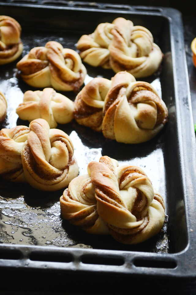 Swedish Cinnamon Buns / Kanelbullar Recipe