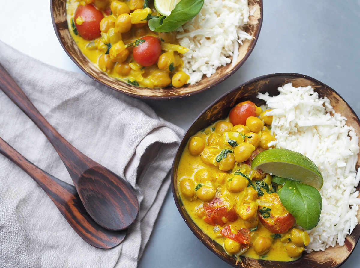 Vegetarisk curry bowl med kikärtor