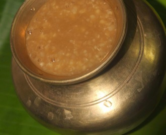 Ulutham Paruppu Kanji / Foods for puberty in Girls- Urad Dal Porridge