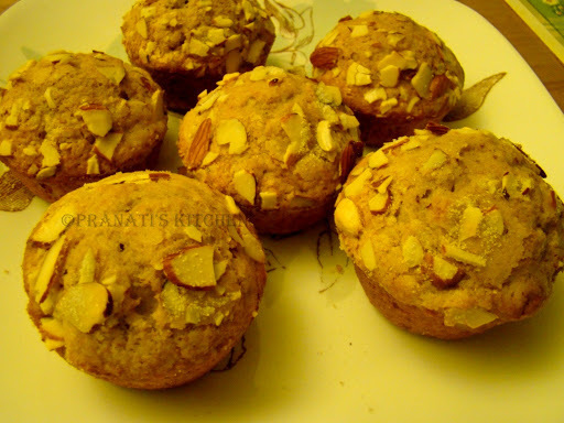 Banana almond cup cakes
