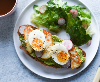 The Breakfast Club: Ultimate Avocado Tartine with Halloumi Cheese and 6-Minute Eggs
