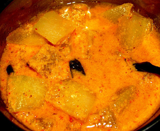 White pumpkin curry (South Indian Style)