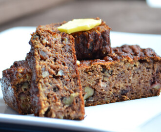 Date, walnut and banana loaf