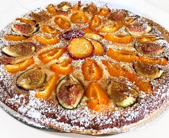 Hazelnut Frangipane tart with Figs, Apricot and Plums