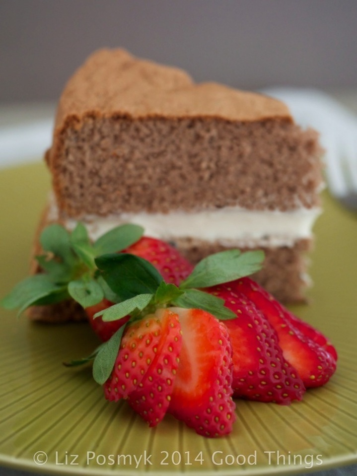 Chocolate Fluff sponge cake with strawberries and cream