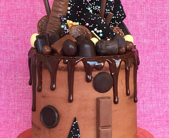 "DRIP CAKE ""I LOVE CHOCOLATE"""