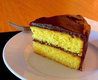 Vanilla Cake with Old-Fashioned Chocolate Frosting