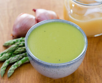 Easy Gluten-Free Asparagus Soup