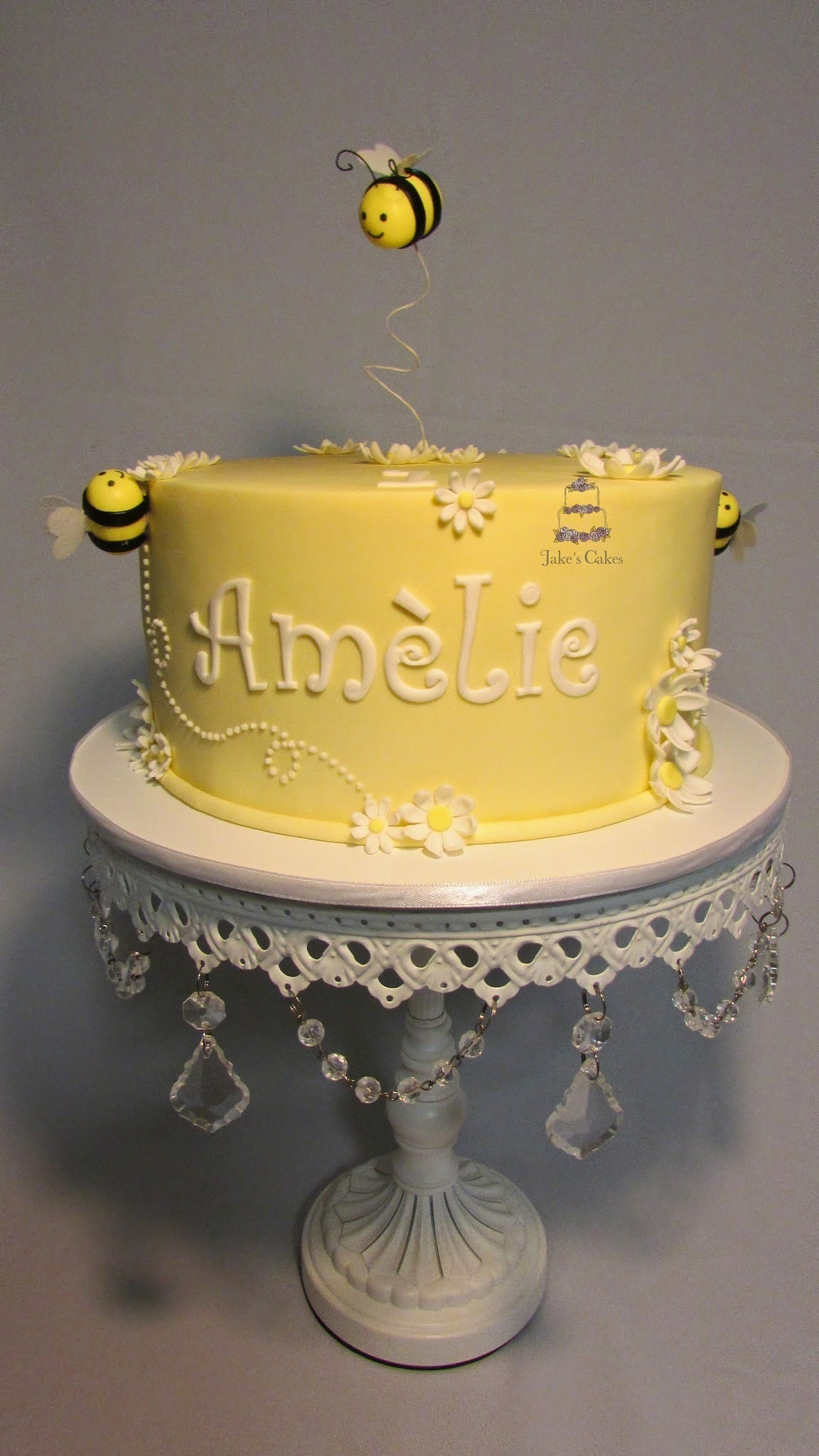 Amelie's First Birthday Cake: Bees and Daisies