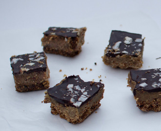 Nadia Lim's Chocolate Caramel Date Slice – the healthy version