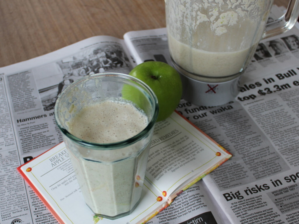 Breakfast Apple Shake with Granny Smith apples and extra cinnamon