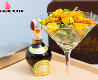 Cocktail di gamberi con mango e avocado