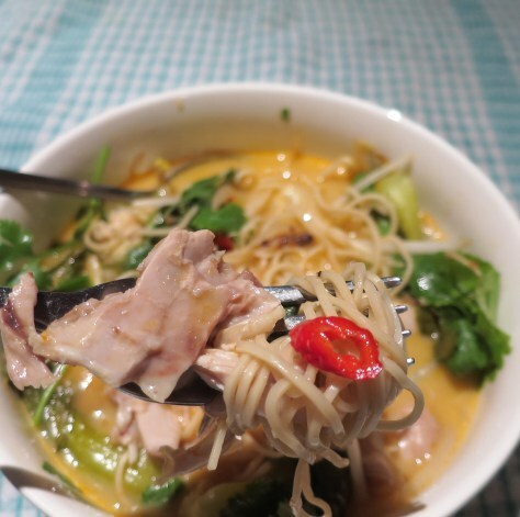 Spicy low calorie Chicken Laksa