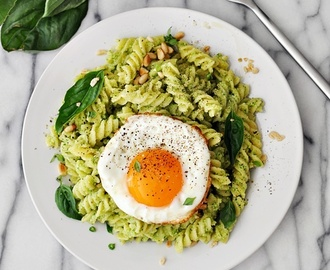Broccoli Pesto Pasta, A Vegetarian Friendly Recipe