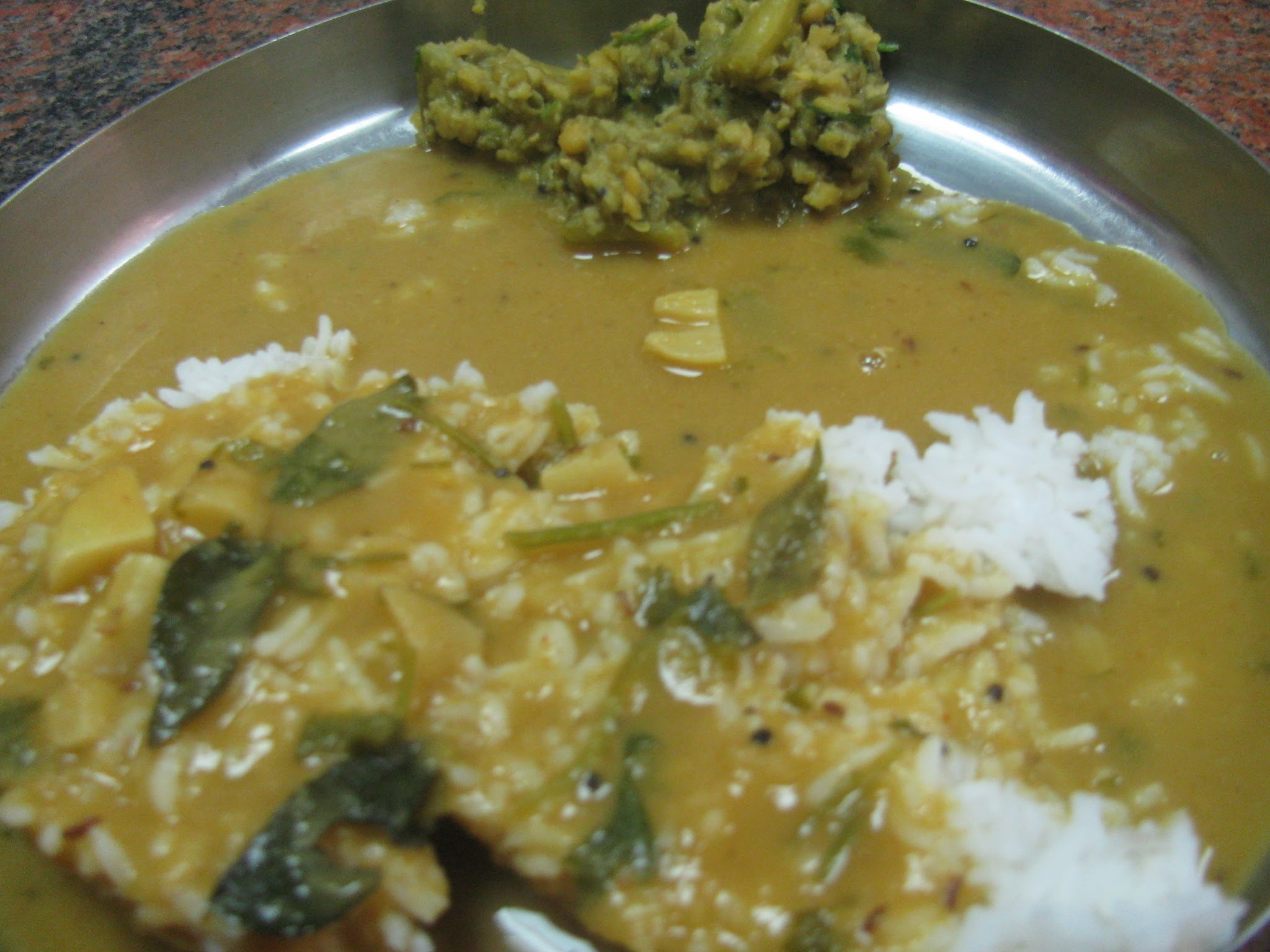 sambar and saaru