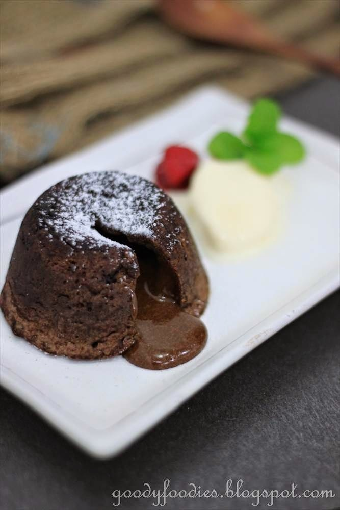 Recipe: Chocolate fondant (lava) cakes (Gordon Ramsay)