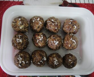 HEALTHY DATES-PEANUT LADDU