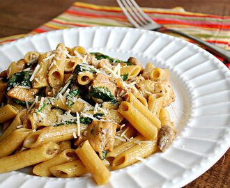 Chicken & Spinach Penne in Sherry Cream Sauce