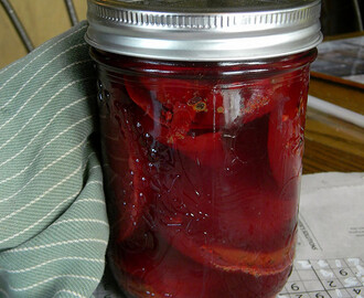 Sweet and Tangy Pickled Beets