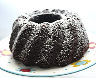Un Bundt Cake de chocolate super-rápido.