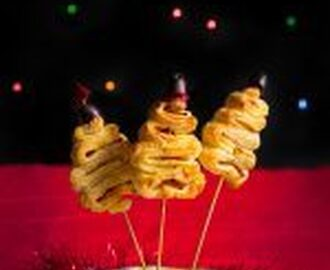 Puff pastry Christmas trees, ideal for parties