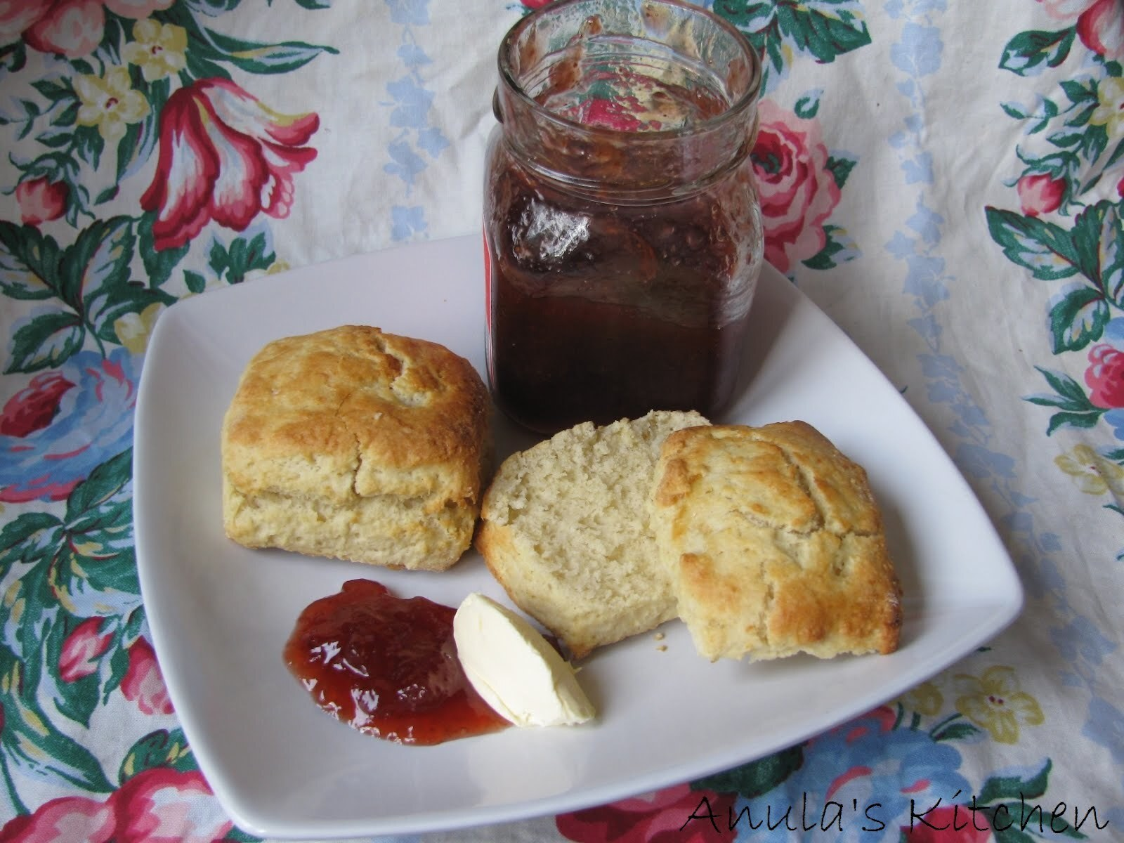 English scones - crumbly, buttery love...