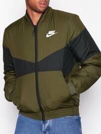 half off 5791e ec0e6 50%. Du sparar 500 kr just nu! Nike Nike Sportswear M Nsw Syn Fill Bombr Gx  Jackor Olive ...