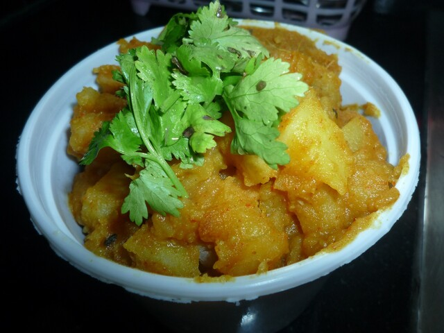 Aloo Jeera (Potatoes with Cumin seeds)