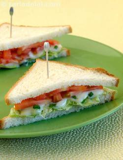 CHEESE AND SPRING ONION SANDWICH
