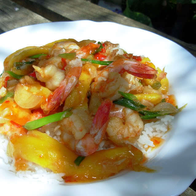 Fish on Friday with King Prawns – Chilli Prawn Stir-Fry with Mangoes