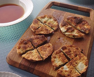 Snacks for drinks: Spring onion pancake recipe
