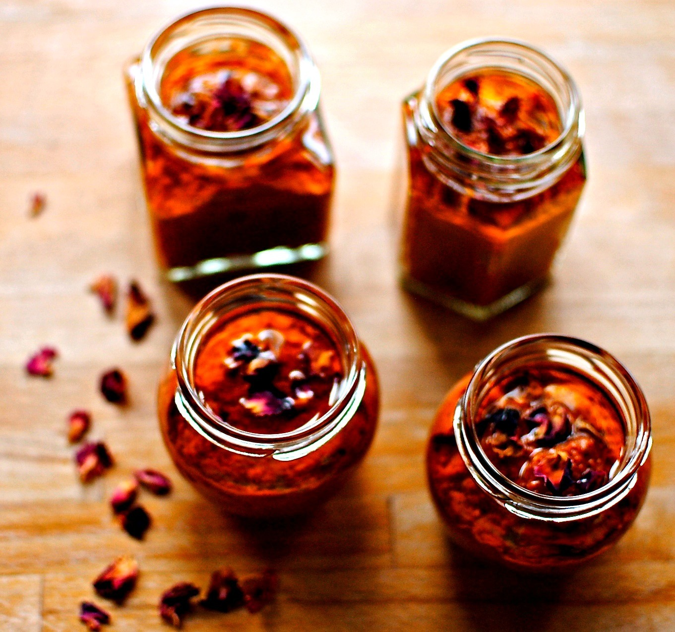 Rose Harissa – A Hot and Fragrant Spice Paste to Liven Up Almost Anything