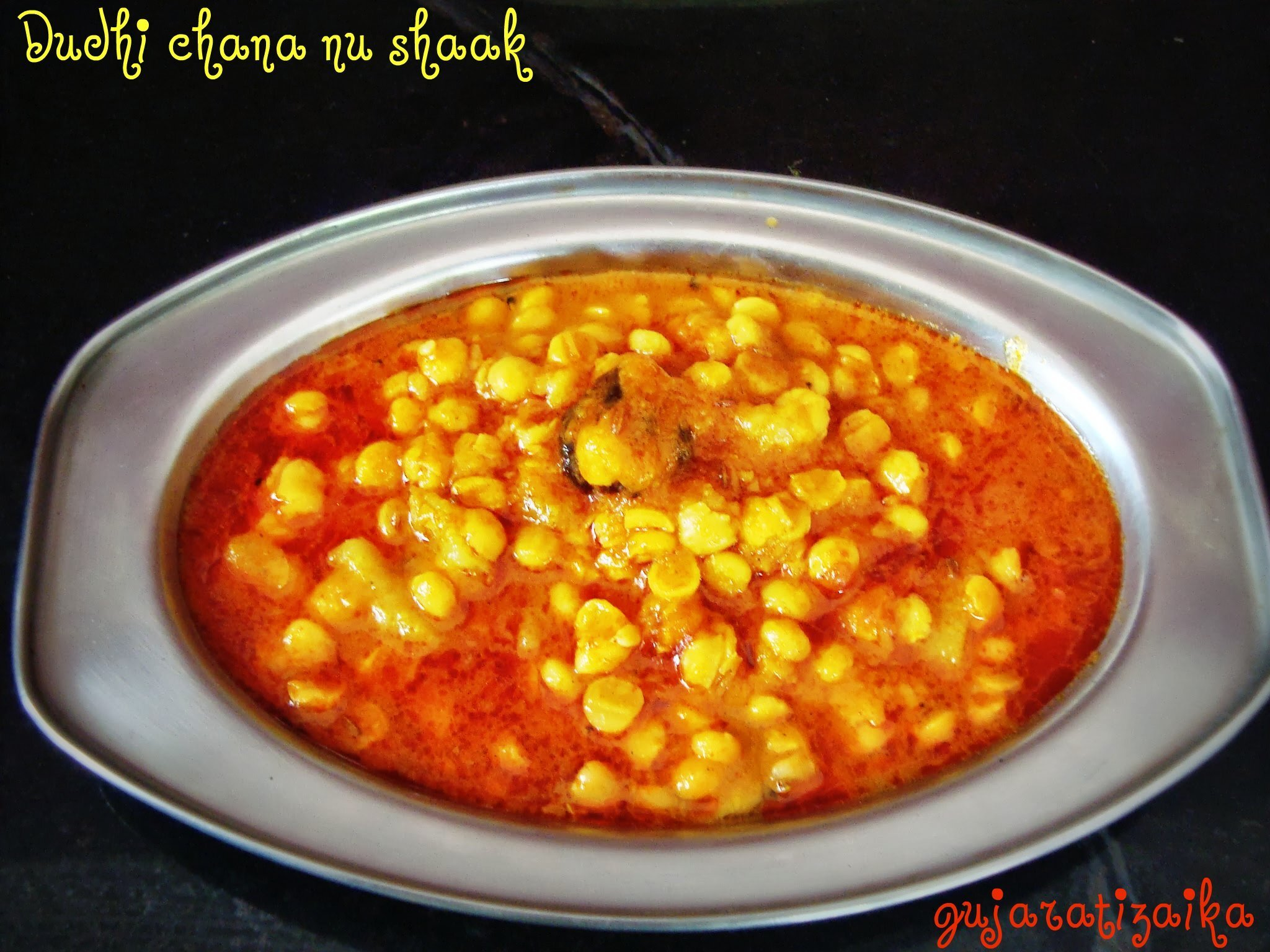Dudhi chana nu shaak (Bottle gourd Bengal Gram Dal Curry) - Gujarati Shaak Recipe
