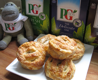 Carrot and Walnut Eccles Cakes and a Nice Cup of PG Tips Tea!