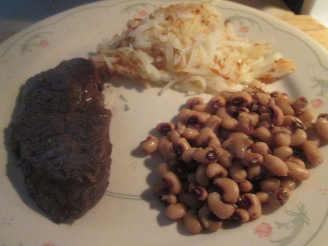 Elk Steak (8 oz.) w/ Hash Browns and Southern Style Blackeye Peas