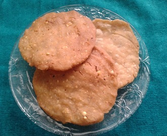 NIPPATTU [ A CRUNCHY AND CRISPY SNACK FOR TEA TIME]