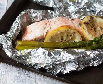 Foil Roasted Salmon and Asparagus