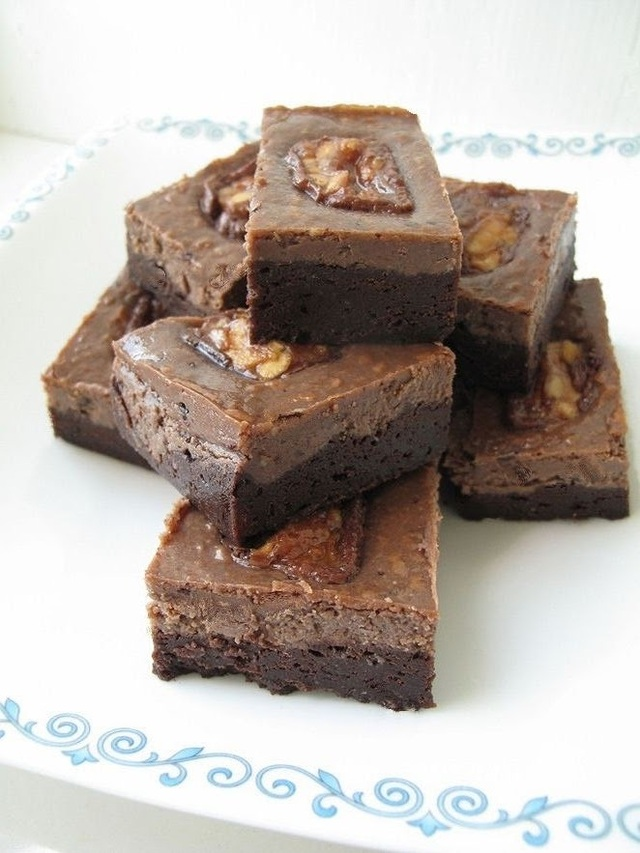 Secret Recipe Club - Snickers Coffee Cheesecake Brownies