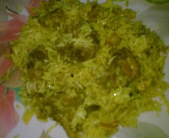 Chicken Dum Biryani (Hyderabadi)