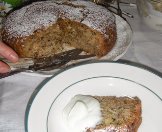 """Mecki's Courgette Cake"""