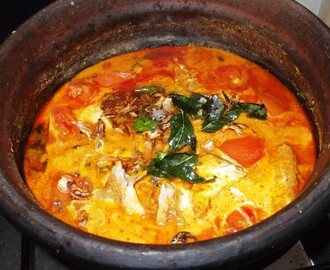 Tomato Fish Curry with Coconut Milk