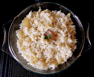 Coconut Milk Rice | Thengai Paal Sadam | Thengapal Sadam | Coconut Pulav