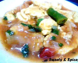 Spicy Tangy Scrambled Egg Curry