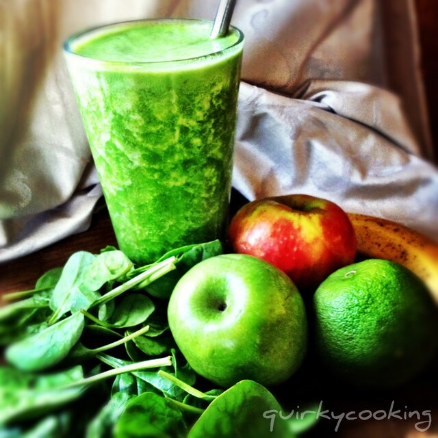 Green Smoothies & Boost Juices... and a Giveaway!